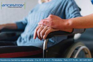 Terapia ocupacional con abuelos en Bogotá